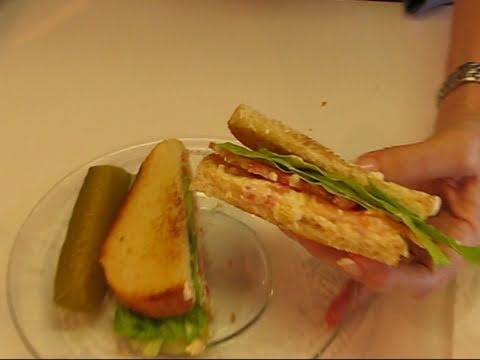 Betty's White Cheddar Cheese Sandwich with Red & Yellow Bell Peppers