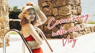 WHAT I WORE & DID IN GREECE | Laura Bradshaw