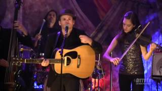 """Mike Mangione and the Union perform """"Fields of Evermore"""" on Ditty TV"""