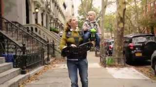 Standbild aus Werbefilm: Mutter mit Kind und SteadyKid