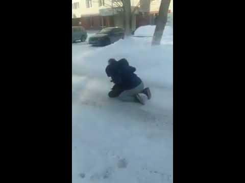 Конфликт из-за парковки закончился стрельбой в Новосибирске