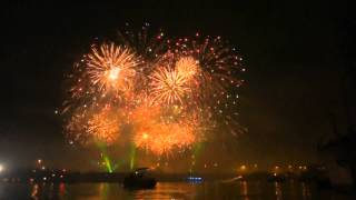 preview picture of video 'Feu d'artifice Saint Cloud 2012 en HD'