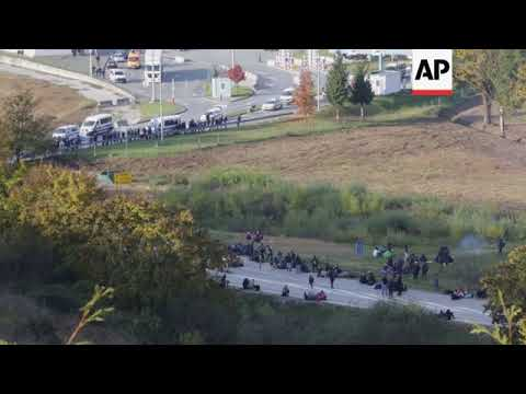 Migrants aiming for Croatia blocked from border in Bosnia