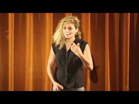 TEDxPanthéonSorbonne L'épanouissement en entreprise Angélique Zettor