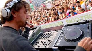 Felix Da Housecat - Ready 2 Wear (Benny Benassi Remix)