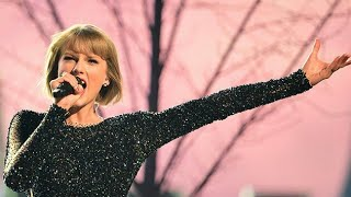 Taylor Swift- Out Of The Woods Live At The 58th Grammys