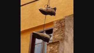 Angelo Branduardi - L'acrobata.wmv