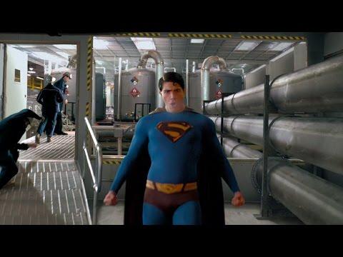 Superman saves Daily Planet   Superman Returns
