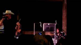 Chris Cagle- No Love Songs (end)