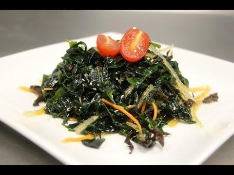 How to Make Seaweed Salad (Wakame Salad)