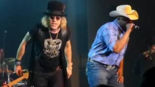 "Big & Rich ""Save A Horse,Ride A Cowboy"" Welch,Mn 4/8/17 HD"