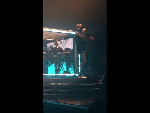 BRYSON TILLER INTRO FIRST TAKE LIVE IN PARIS (AccorsHotel Arena, Paris France)