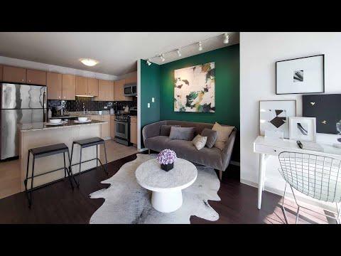 A Lakeshore East -13 1-bedroom at the iconic Aqua apartments