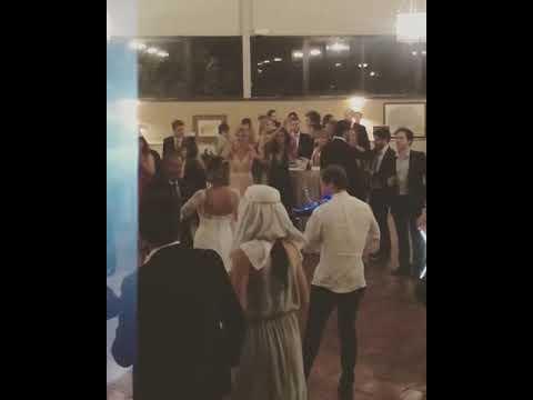 Boda. entrada baile novios