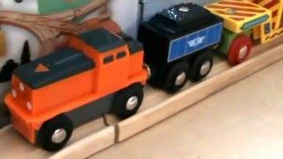 preview picture of video 'Brio 33215 - Nákladní lokomotiva - www.lumpik.cz'
