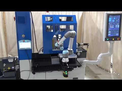 Universal Robot loading a Royal Master Centerless Grinder