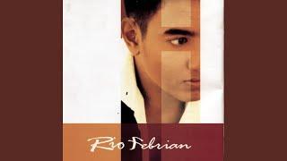 Download lagu Rio Febrian Katakan Kau Milikku Ft Glenn Fredly Mp3