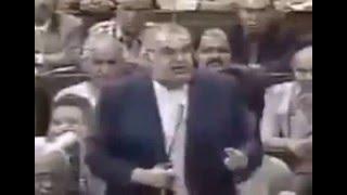 اغاني طرب MP3 شاهد كيف كان كمال الشاذلي يعامل مرتضى منصور بكل احتقار داخل البرلمان تحميل MP3