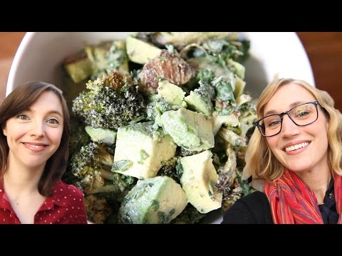 Charred Broccoli and Avocado Salad : Paris Vlog #19