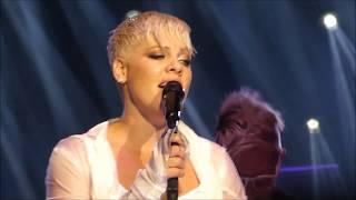 Pink - I Am Here (Live in Melbourne - Australia)