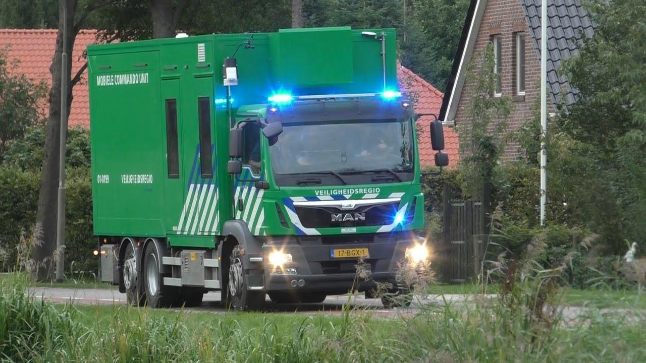 P1, MCU 01-0199 kom ter plaatse bij zeer grote brand in Veelerveen!