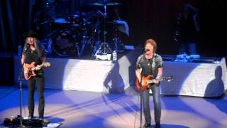The Doobie Brothers - World Gone Crazy - The Ryman 08-14-2011