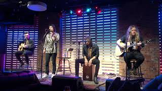 The Struts   Somebody New (Acoustic) [Live Acoustic Debut] @ 101.1 WKQX SoundLounge  Chicago, IL
