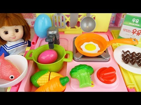 Kitchen cart and Baby Doll toys surprise eggs baby doli play