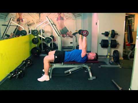 Jak zbudować mięśnie bez hantle i sztangi