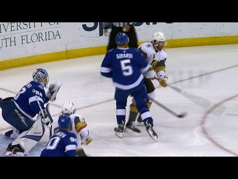 Neal gets Golden Knights on the board with unorthodox tip