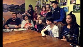 «Подарунок» президенту: багатодітна сім'я виступила з жорстким зверненням до Порошенка