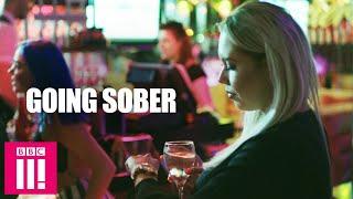 Weekend Binge Drinker Attempts To Go Sober For 4 Weeks   Hayley Goes...