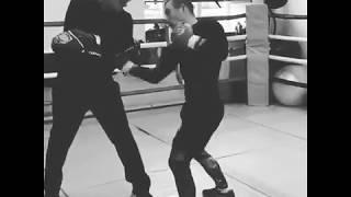 """Видео: Павел Маликов показал работу на лапах перед """"Галактической схваткой-3"""""""