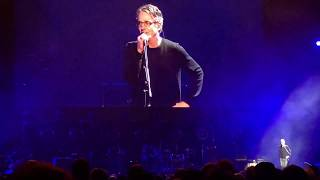 Stone Gossard & Lily Cornell Silver's speach followed by 'Reach Down' (Miguel, Costa, O'Brien)