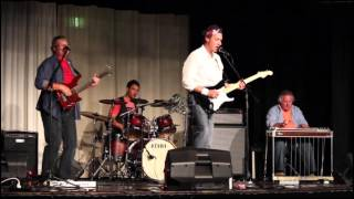 """""""The Bug"""" - Solid Rock Dire Straits Tribute"""