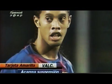 Ronaldinho vs Valencia (Home) 2004-2005 [by nitter]