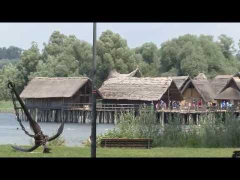 Unteruhldingen  pfahlbauten  palafitte  dall`età  della  pietra  al  bronzo