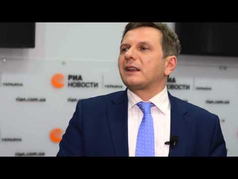 Что будет с гривной и экономикой Украины в случае отставки Яценюка