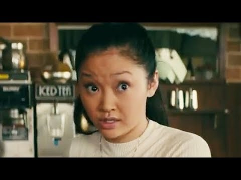 6 Adorable UNSCRIPTED Moments From 'To All The Boys I've Loved Before'