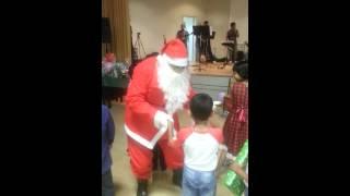 Twisting Santa.mp4