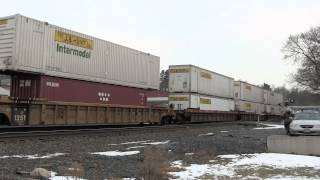 preview picture of video '[HD] CSX Intermodal Train Q003 at Fonda, NY'