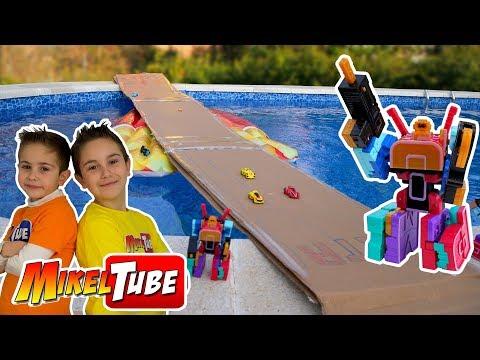 Mikel y Leo descubren la tecnología Tornado y LetraBots