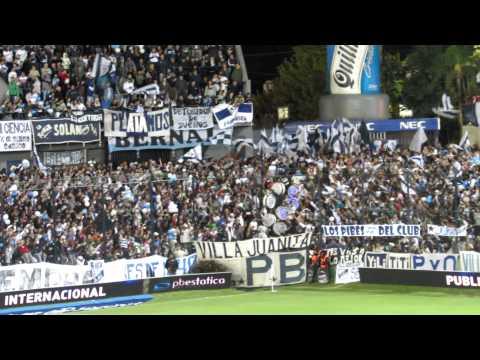 """""""INDIOS KILMES la banda contra Independiente"""" Barra: Indios Kilmes • Club: Quilmes"""