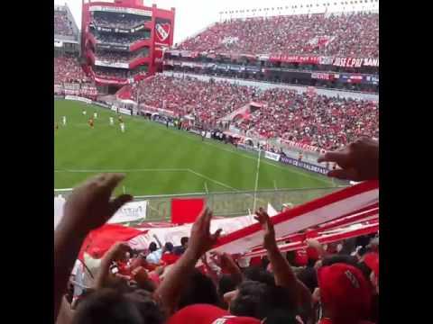 """""""La hinchada de independiente 2016"""" Barra: La Barra del Rojo • Club: Independiente"""