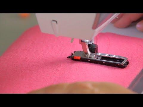 Sewing buttonholes with the B 475 QE