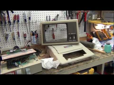 What's Under The Hood Of An Apple II Plus?