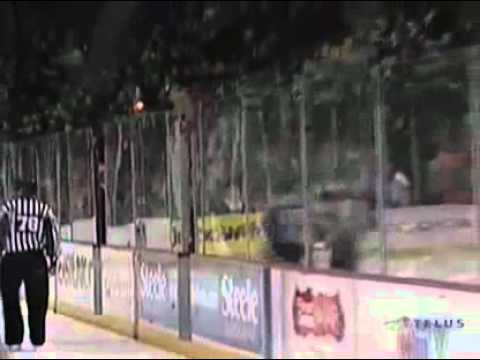 Trey Lewis vs. Alexandre Roy