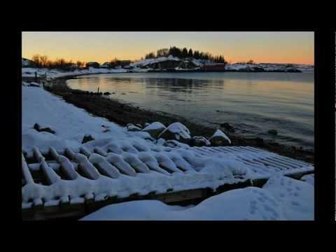 Kelpie (Kerstin Blodig & Ian Melrose): Desembermåne - December Moon