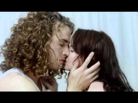 HULLE – LAASTE ASEM (OFFICIAL MUSIC VIDEO)