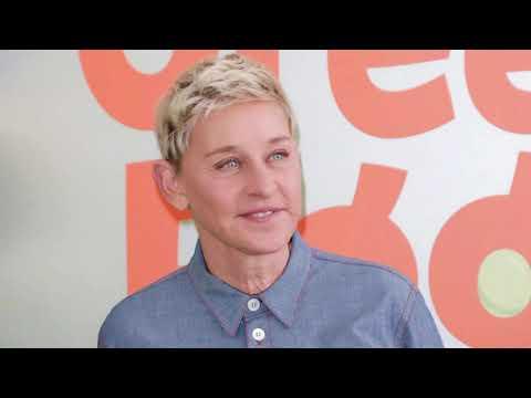 Lea Thompson responde a las afirmaciones de Brad Garrett sobre Ellen DeGeneres